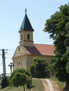 Szent Kereszt Felmagasztalása római katolikus templom (Tabajd) http://www.turabazis.hu/latnivalok_ismerteto_5045 #latnivalo #tabajd #turabazis #hungary #magyarorszag #travel #tura #turista #kirandulas