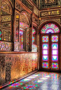 Dance of light, Golestan Palace by Ali KoRdZaDeh (Tehran, Iran) Persian Architecture, Mosque Architecture, Cultural Architecture, Beautiful Architecture, Beautiful Buildings, Art And Architecture, Beautiful Places, Stained Glass Art, Stained Glass Windows