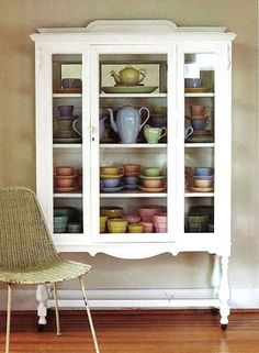 Perfect for holding tea pots and cups