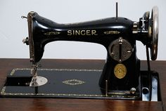 ohhh, the old Singer sewing machine!