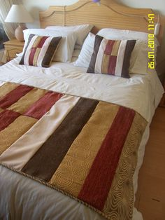pieceras originales - Buscar con Google Bed Covers, Cushion Covers, Bed Runner, Bed Sheets, Comforters, Sewing Patterns, Cushions, Plaid, Blanket