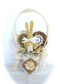 Peat Pot Easter Basket Bunny Rabbit castteam. $25.00, via Etsy.