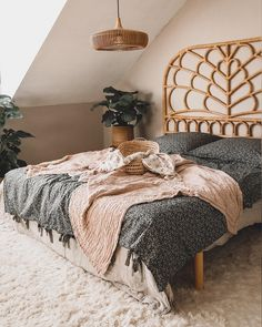 Dream Bedroom, Home Bedroom, Bedroom Decor, Style Deco, Awesome Bedrooms, Bedroom Inspo, New Room, Room Inspiration, House Design
