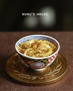 "nunu's houseさんはTwitterを使っています: ""【nunu's house miniature best select vol.16】 「ヨスノアの牛丼 1/12」※画像2枚 http://t.co/e8e84T4b8M"""