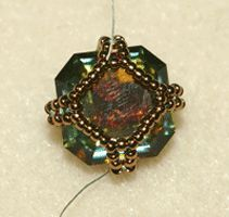 Free photo tutorial for Captured Crystal Cubes Earrings - Beading Instructions - Beading Daily