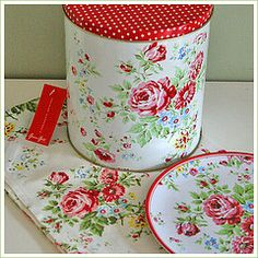 greengate Flowers & poka dots !                         I WANT THESE !!!
