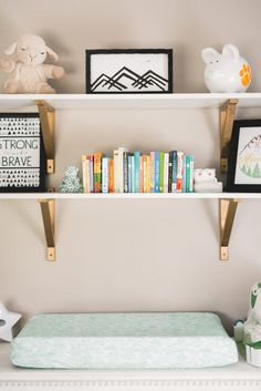 We have such a thing for those brass shelf brackets!