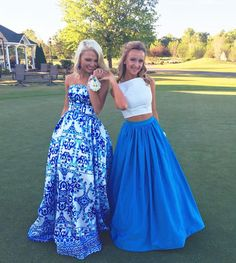 Charley Manley (Left) chose #MacDuggal for her 2016 #promdress. Love her look? Shop it here: https://www.macduggal.com/Prom-Dresses/Mac-Duggal-Prom/30274M