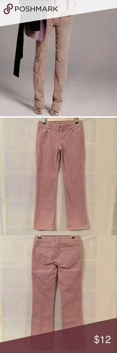 """J. Crew tan pink stretch bootcut cord EUC. No rips, stains, tears, holes, or fading. J. Crew stretch bootcut corduroy pants in buff sand - it's a beige with a little bit of blush pink. Color most accurate in photos 1,5, & 6. Sits below waist. Fitted through hip and thigh, with slight bootcut leg. Typical 5-pocket style. 98% cotton, 2% spandex. Measurements (flat): waist 14"""", hip 17.5"""", rise 8"""", inseam 28.5"""". 3"""" zip fly with button closure. Style 18155. Machine wash. No trades, please! J…"""