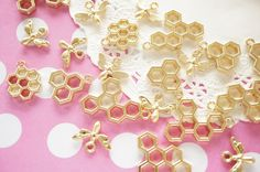 Assorted 9 pcs Open Bezel Charm /  Honeycombs and Bee  (16-28mm) AZ601 by Candydecoholic on Etsy