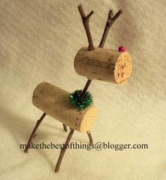 Stinkin' Cute Wine Cork Reindeer DIY for all those wine corks I saved!