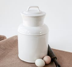 Vintage Mccoy White Cookie Jar Lidded Crock Cannister