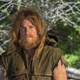 Novo trailer e mais imagens de Arrow, seriado do Arqueiro Verde  http://nerdpride.com.br/Seriados/novo-trailer-e-mais-imagens-de-arrow-seriado-do-arqueiro-verde/    Oliver Queen cabeludo e barbudo fica muito mais bad-ass do que o visual Back Street Boys