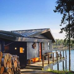 #Repost @customtimberhomes Would love to spend a summer weekend here. ・・・ Decks, docks and flip flops. Follow us @customtimberhomes for more rustic living. . . #weekend #fathersday2017 #deck #lakelife #lakehome #lakehomes #lakelivin #lakehouse #cottage #camp #lakeliving #countryliving #flipflops #adirondacks #waterview #watersports #dirtroads #fishing #boat #boatinglife #boats #relax #chill #landrover #landroverdefender #offroad #4x4