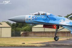 https://flic.kr/p/WKNj45 | Sukhoi Su-27P Flanker 58 BLUE - Ukrainian Air Force - RIAT 2017 | 831st Tactical Aviation Brigade Su-27P landing after a display at RIAT 2017, RAF Fairford.
