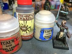 How to paint dark blonde and light blonde hair for warhammer wood elves, or any miniature. So easy!