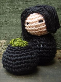 Amigurumi Snape in the Potions Lab by honouraryweasley http://fortheloveofharry.com/amigurumi-harry-potter/