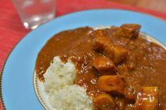 【美味しいカレーの作り方】これよりウマい家カレーのレシピがあったら教えてくれ - 野菜宅配のおすすめ比較サイト - ベジ太郎の家族と食べたい野菜宅配 Rice Dishes, Main Dishes, Curry Stew, Beer Chicken, How To Cook Rice, Japanese Food, Cooking Recipes, Cooking Rice, Food And Drink