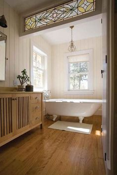 Fabulous Tips and Tricks: Bathroom Remodel Layout Modern Farmhouse bathroom remodel ikea decorating ideas.Bathroom Remodel Layout Modern Farmhouse bathroom remodel wainscotting home decor. Bad Inspiration, Bathroom Inspiration, Style At Home, Home Interior, Interior Design, Interior Livingroom, Interior Plants, French Interior, Interior Modern