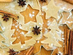 8 Holiday Baking Tips for Concussion and TBI Rolled Sugar Cookies, No Bake Cookies, Baking Cookies, Holiday Baking, Christmas Baking, Christmas Mood, Merry Christmas, The Joy Of Baking, Frosting Colors