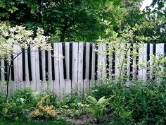 Garden: Awesome Picture Of Decorative Black And White Piano Toots Wooden Garden Fence For Garden Landscaping Decoration, cheap garden fencing panels, picket fencing uk ~ coolhousez - Inspiring Home Interior And Exterior Design Ideas Cerca Diy, Fence Design, Garden Design, Landscape Design, Touches De Piano, Diy Fence, Fence Ideas, Fence Art, Garden Ideas