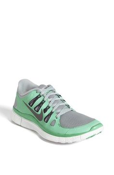 Free 5.0 running shoe in mint
