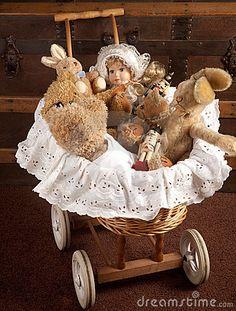 Brinquedos Antigos Fotos De Stock – 149 Brinquedos Antigos Imagens De Stock, Fotografia & Imagens De Stock - Dreamstime
