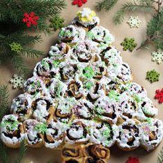 Ulubione drożdżówki chłopaków. Bułeczki drożdżowe nadziane powidłami | Smaczna Pyza Sushi, Pizza, Ethnic Recipes, Christmas, Food, Rezepte, Navidad, Xmas, Essen