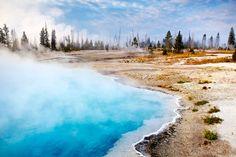 Black Pool by Matt Munro - 6 essential sights of Yellowstone National Park