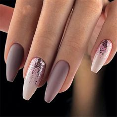 Matte Nägel 67 Beste Matte Nägel 35 + 2019 Hot Fashion Coffin Nail Trend Ideas # nails # … – Nagelmodelle, You can collect images you discovered organize them, add your own ideas to your collections and share with other people. Cute Acrylic Nails, Cute Nails, Classy Nails, Acrylic Nail Designs Glitter, Sparkle Nail Designs, Glitter Acrylics, Hair And Nails, My Nails, Ongles Forts