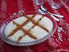 Pirinç unlu muhallebi (Turkse rijstpudding)