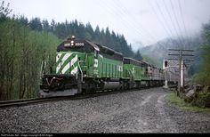 RailPictures.Net Photo: BN 6808 Burlington Northern Railroad EMD SD40-2 at Goldbar, Washington by Bill Edgar