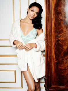 Wrap yourself in a comfy robe | Gina Tricot Lingerie & Loungewear | www.ginatricot.com | #ginatricot