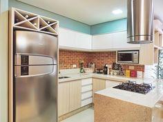 moveis planejados cozinha pequena com cooktop caroline yasmin goncalves