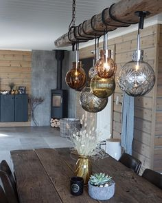 Cabin Interiors, Decoration, Lanterns, Lamps, Interior Decorating, Cottage, Ceiling Lights, Lighting, Room
