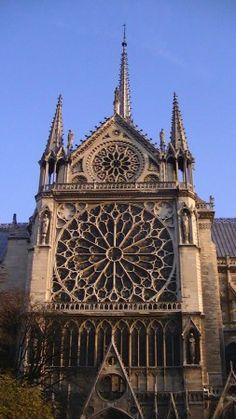 Notre dame de paris south rose window. Ile de la Cite, Paris 4e