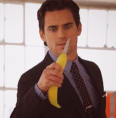 The Banana Knife!!!! Hahaha love White Collar!