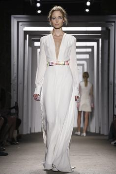 Love the silhouette, but would like better w a gold belt - Honor Ready To Wear Spring Summer 2015 New York #NYFW #SS15