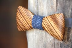 Zebrawood Wooden Bow Tie - Handmade Wood Bowtie From Exotic Wood. Unique Bow Tie For Groomsmen & Groom. Handcrafted Wooden Bow Ties For Men. Groom Ties, Bow Tie Wedding, Wedding Suits, Party Wedding, Wooden Bow Tie, Tie Styles, Groom Style, Wood Art, Exotic