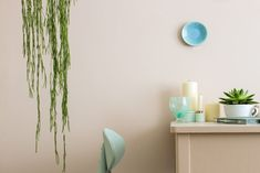 How to Make a Dark Room Brighter — Solutions 2018 Neutral Paint Colors, Best Paint Colors, Exterior Paint Colors, Gray Paint, Exterior Design, Farrow Ball, Oval Room Blue, Mirror With Hooks, Traditional Paint