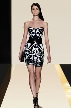 100% AUTHENTICITY GUARANTEED!  HERVE LEGER JAMARI GEOMETRIC PATCHWORK JACQUARD DRESS HYD6W444-05S     SIZE M / US 6  Angular, contrasting panels form a faceted pattern on this fitted, strapless Herve Leger dress.  Side boning and interior elastic straps offer extra support to the sleek ...