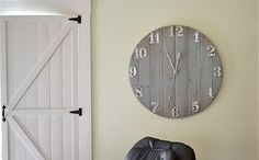 are here: Home / DIY Decor / Rustic Wall Clock {DIY Home Decor