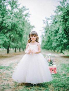74 Adorable Flower Girl Dresses   HappyWedd.com