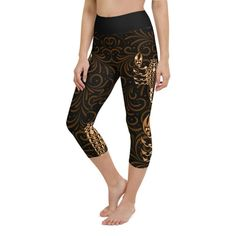Workout with comfort and Show-off your Zodiac Sign in Scorpio with these high-quality Capris. This design is made to complement any body types. Show off that bum, be a head-turner, and workout in confidence. Aquarius Zodiac, Sagittarius, Crotch Area, Workout Leggings, Body Types, Squats, Zodiac Signs, Capri, Confidence