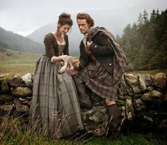 Love the muted colors (natural dyes!) + tartan, worsted wool is nice!  ...  Silk, Wool, and Needles: Outlander Era Women's Costume Patterns