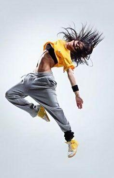 Dance Photography Poses, Dance Poses, Dance Tips, Baile Hip Hop, Hip Hop Girl, Bleu Pastel, Dance Outfits, Ideias Fashion, Beau Mirchoff