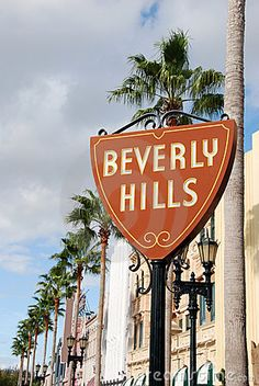 Bedroom Wall Collage, Photo Wall Collage, Picture Wall, City Aesthetic, Travel Aesthetic, Beverly Hills Sign, Los Angeles Wallpaper, Image Tumblr, California Dreamin'