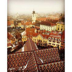 Sibiu - Hermannstadt, România Homeland, Paris Skyline, Louvre, Europe, Building, Shop, Travel, Destinations, Viajes