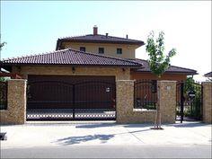hasított terméskőkő ház - Google keresés Pool Houses, Pools, Fence, My House, House Plans, Garage Doors, House Design, Architecture, House Styles