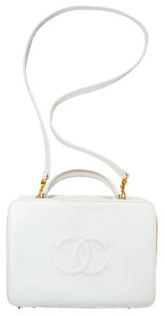 a956afaab93a 491c005476ca190500b49634c0bd1a4d--chanel-handbags-louis-vuitton -handbags.jpg b t